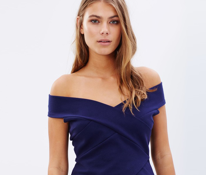 off shoulder tops online hourglass shaped body