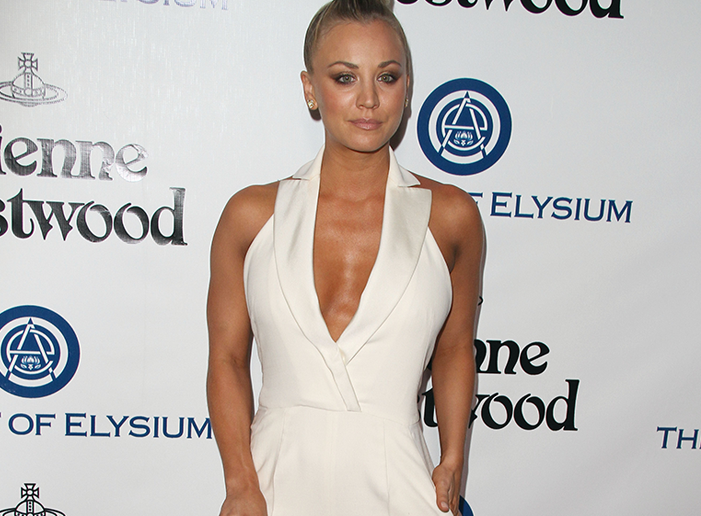 Cuoco body kaley Now People