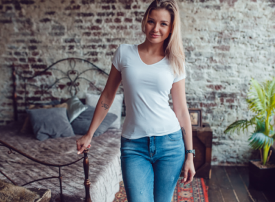 most flattering jeans if you have an hourglass body shape